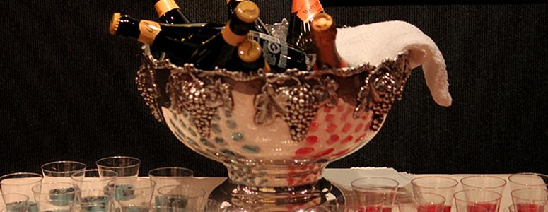2109-ChampagneToast